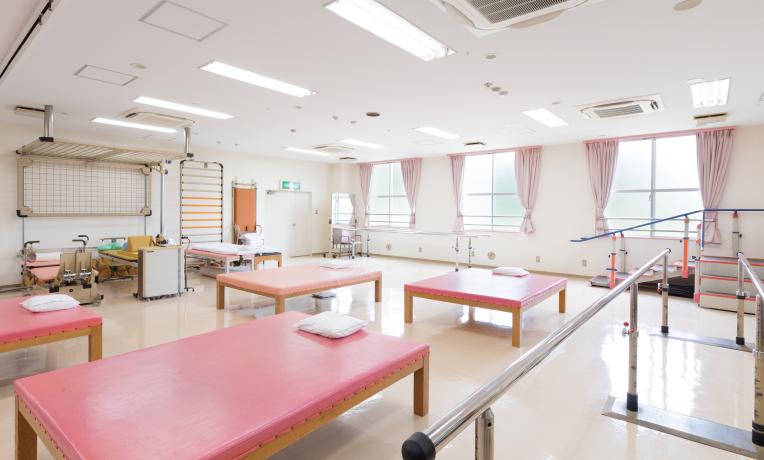 院内のリハビリ施設